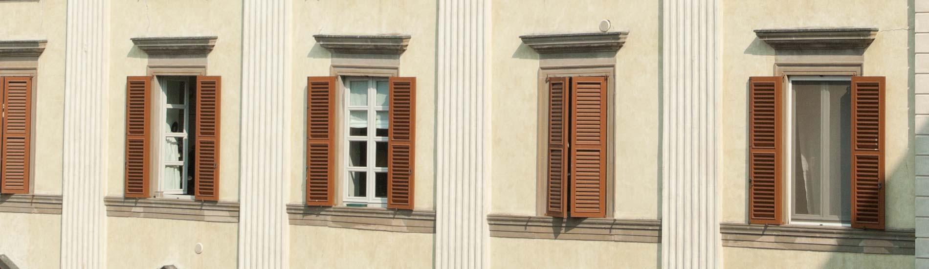 Porte e finestre in legno e alluminio by mazzini serramenti - Finestre d epoca ...