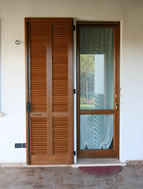 Finestre in legno mazzini serramenti - Finestre scorrevoli usate ...