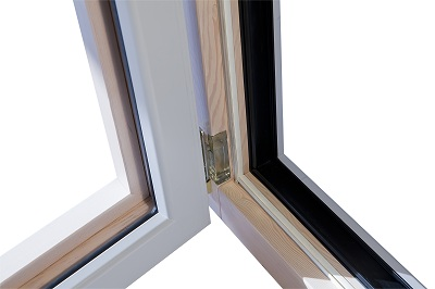 Finestre in legno alluminio mazzini serramenti for Finestre apertura alla francese